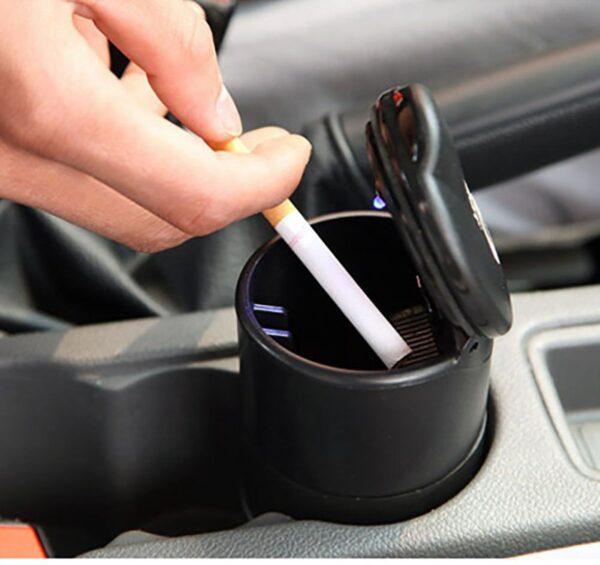 Asbak met LED voor in de auto of bureau
